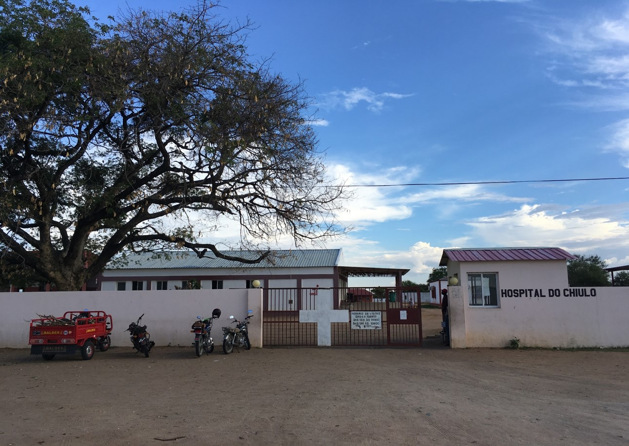 The Chiulo Catholic Hospital in Angola , Caritas Pro Vitae Gradu Charitable Trust, Ariane Slinger