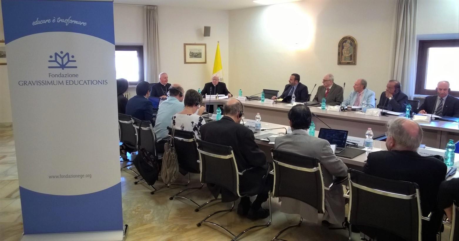 Fondazione GRAVISSIMUM EDUCATIONIS - Vatican, Caritas Pro Vitae Gradu Charitable Trust, Ariane Slinger